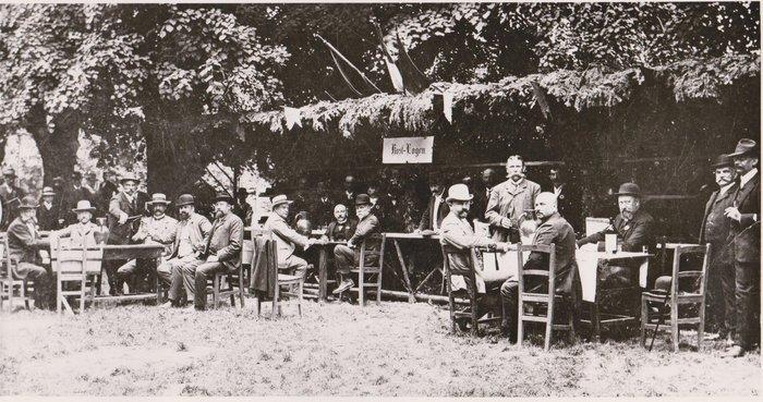 Traiskirchner Weinkost 1908 - Bildquelle: Stadtarchiv Traiskirchen